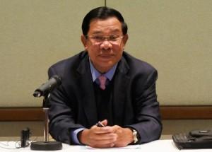រូបថតតំណាង។ លោក ហ៊ុន សែន នាយករដ្ឋមន្រ្តីនៃកម្ពុជា ក្នុងជំនួបជាមួយពលរដ្ឋខ្មែរនៅស្វីស។ @Hun Sen Page